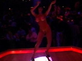 American Striptease Behind the Lights